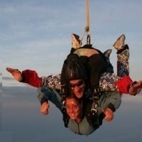 fly-free-skydiving-in-mo