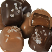 chocolate-chocolate-chocolate-company-candy-shops-mo