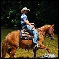 huzzah-valley-horseback-riding-in-mo